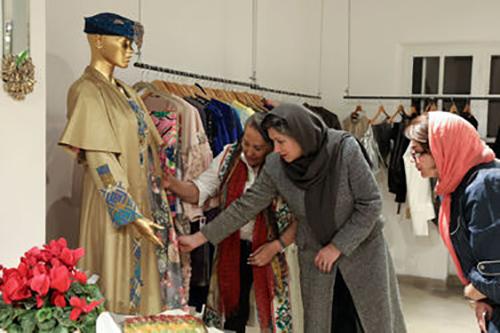 آموزش خیاطی-همیارمد-طراحی لباس